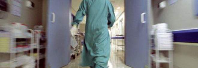 Paziente muore ma resta nel reparto: l'ascensore dell'ospedale è guasto