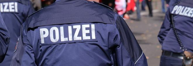 Germania, ragazzo 26enne uccide i genitori e altre 4 persone