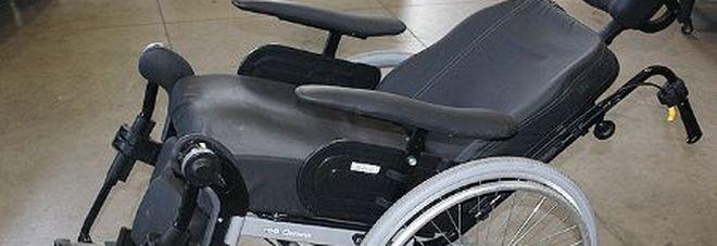 Furto in casa: 46enne ruba la carrozzella elettrica a un disabile
