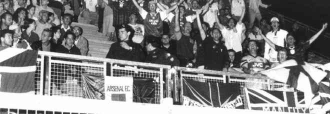 11 ottobre 1997: i tifosi inglesi allo stadio Centro d'Italia di Rieti
