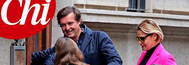 Simona Ventura e Gerò Carraro di nuovo insieme con la figlia Caterina a Milano