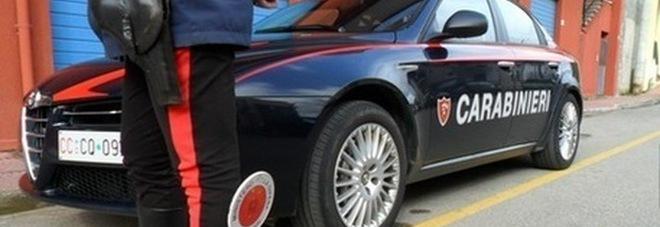 Maxi furto di motori marini: colpo da 24mila euro, bloccato il ladro