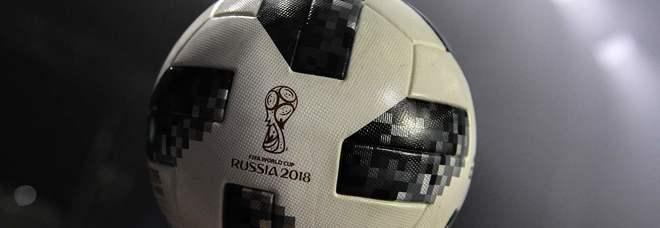 Mondiali 2026 di calcio, si giocherà in tre Stati: Usa, Canada e Messico. Battuto il Marocco