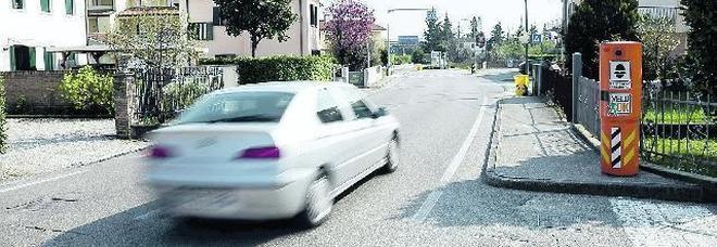 Auto che sfrecciano e problema sicurezza: arrivano 8 nuovi autovelox