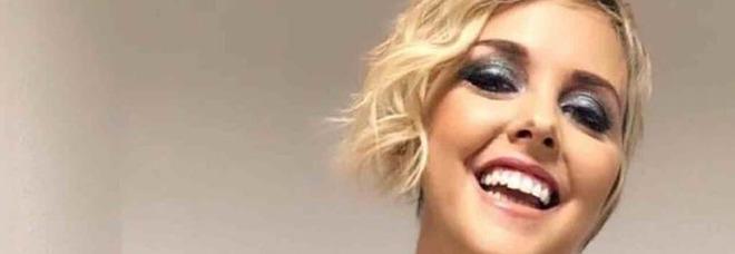 Nadia Toffa, chiude il profilo Twitter. Fan in rivolta: «Lasciateci i suoi pensieri»