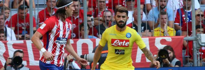 Il Napoli dà i numeri (di maglia) Hysaj lascia il 2, Ounas prende il 37