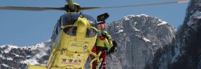 Il soccorso dello sci alpinista a Sella Nevea di Chiusaforte
