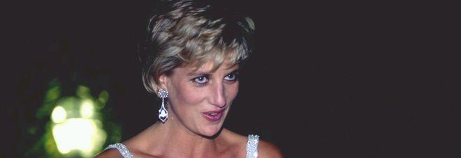 Lady Diana, l'ex capo della sicurezza dei Windsor: «Kevin Costner fu un suo amante»