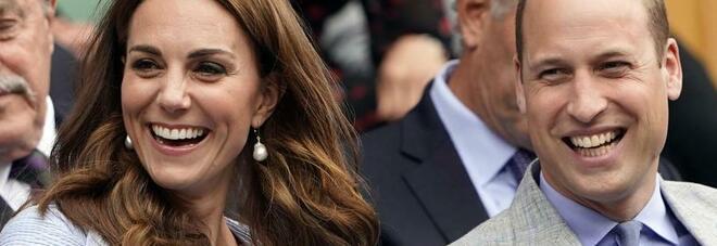 Il principe William confessa: «Il peggior regalo che ho fatto a Kate? Un paio di binocoli, ma a quel punto si è innamorata di me»