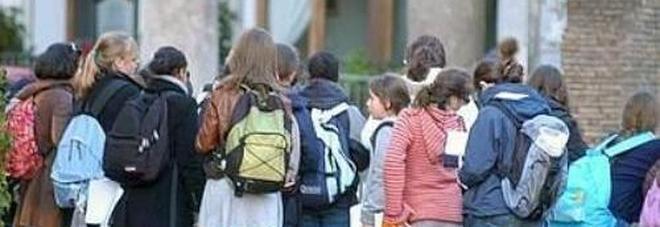Coronavirus, stop dei presidi alle gite scolastiche: «Troppi rischi»
