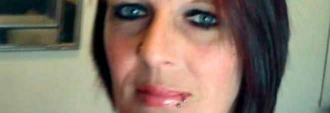 I vicini sentono un cattivo odore: dentro un armadio il corpo di una donna sparita nel 2015