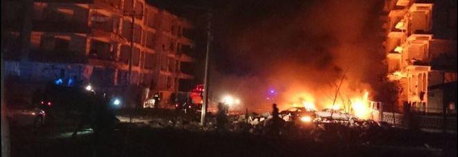 Turchia, autobomba uccide un bambino di tre anni: almeno 15 feriti