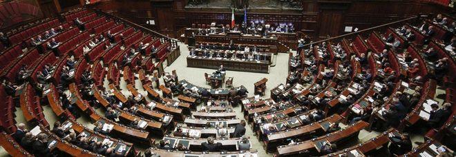 Def, ok in Commissione alla Camera, no da Forza Italia