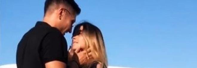 Grande Fratello 16, Gianmarco Onestini e Erica Piamonte nuova coppia? Scatta il bacio su Instagram