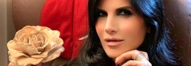 Pamela Prati, furia nel backstage di Non è la D'Urso? «Pugni contro la porta del camerino...»
