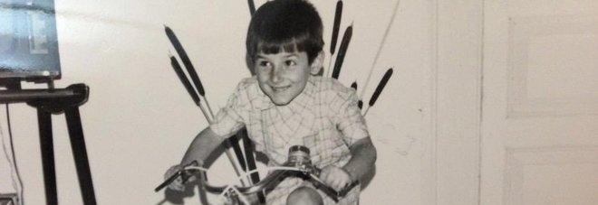 Questo bambino oggi è un personaggio importante della politica italiana. Lo riconoscete?