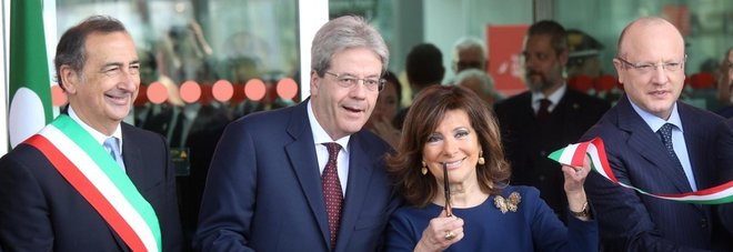 Gentiloni e Casellati inaugurano il Salone del Mobile: «Qui l'Italia dimostra di poter crescere»