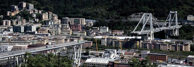 Ponte Morandi, la poesia virale: «Tutto crolla, tranne noi. Genova, tornerai più bella»