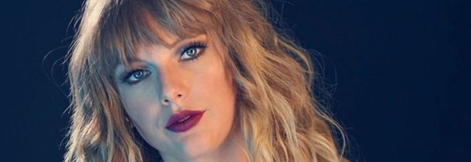 Fake porn, anche Twitter contro i video hard con i volti delle star mondiali come Taylor Swift
