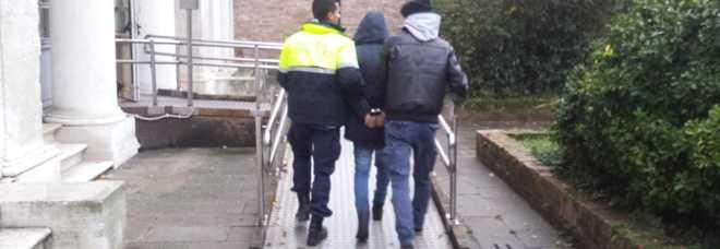 VENEZIA - Borseggiatori arrestati dalla Polizia locale