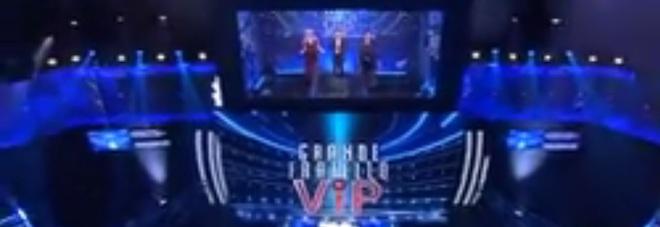 Grande Fratello Vip, Tonon, Carmen Russo e Corinne Clery entrano nella casa