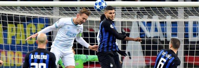 Non basta un gol di Icardi, l'Inter fa pari con il Psv ed è fuori