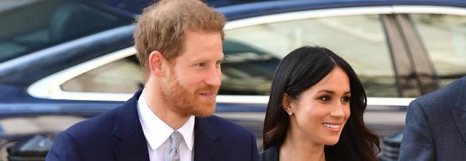Meghan Markle e la strana ossessione per i piedi: «Lei ed Harry sono disposti a spendere una fortuna»