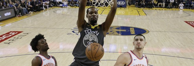 Nba, Golden State travolge Phoenix, volani i Clippers;
