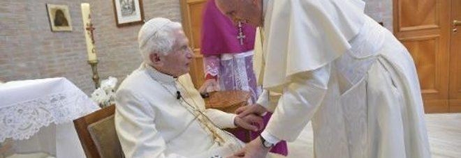 Il day after sul documento bomba scritto da Ratzinger sulla pedofilia, i cardinali si interrogano sulla diarchia