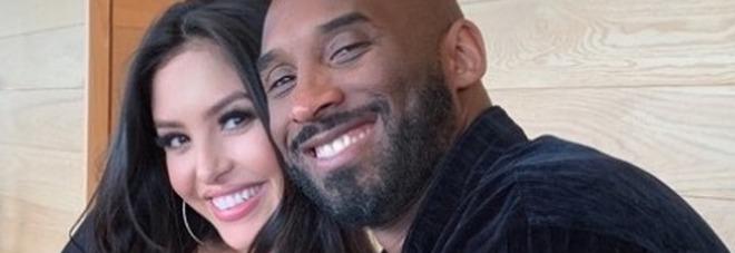 Kobe Bryant, come sta la moglie Vanessa a tre giorni dal dramma. Parla l'amico