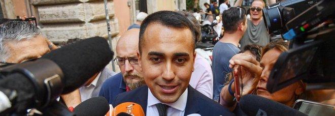 Regionali, Di Maio: «In Umbria i politici facciano passo indietro». Salvini: «È disperato e chiede aiuto al Pd»