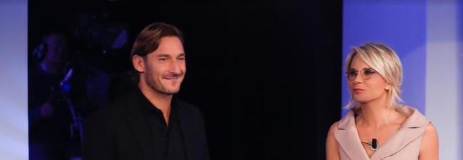 C'è posta per te, sorprese con Francesco Totti e Massimo Ranieri: Le anticipazioni della sesta puntata