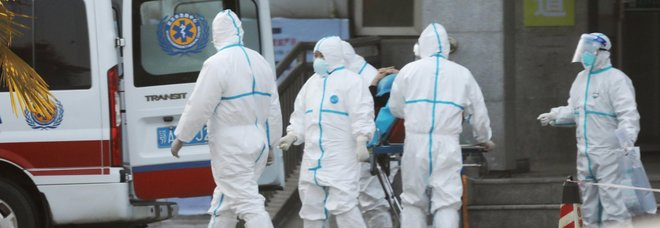 Virus misterioso Cina, tra i sintomi tosse e febbre