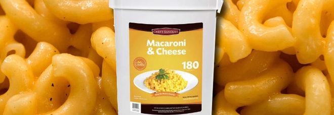 Pasta al formaggio precotta, il mega secchio da 12 chili che scade tra 20 anni