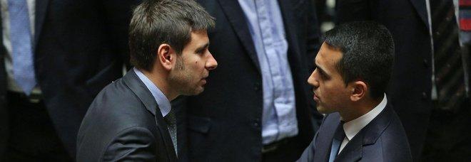 Di Maio contro il rivale Di Battista: vuole le elezioni per trovarsi lavoro
