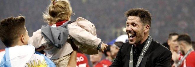 Simeone: «Questo trofeo è il modo migliore per rialzarsi». Garcia: «Ci riproveremo l'anno prossimo»