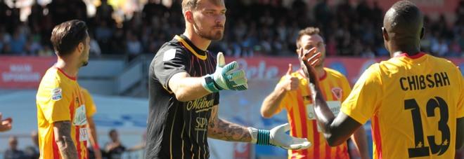 Belec evita ulteriori umiliazioni, Armenteros è fuori dalla partita