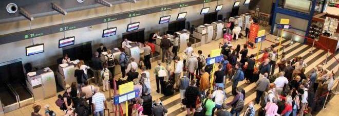 Nuova tassa per chi prende l'aereo: spunta l'emendamento al decreto