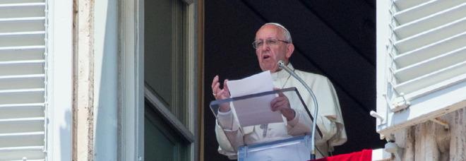 Porto San Giorgio, squilla la sorpresa: Papa Francesco telefona ai catecumeni