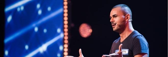 """Italia's Got Talent, Mirko commuove giudici e pubblico con il coming out: """"Tu no è culattone"""" -Guarda"""