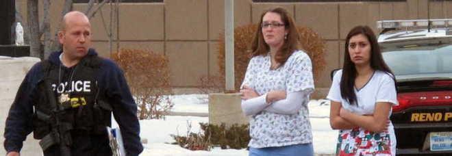 Nevada: entra armato in clinica, uccide un uomo e si suicida