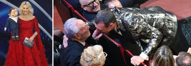Antonella Clerici, gaffe con Amadeus che bacia i genitori: «Goditeli finché ci sono»