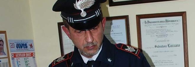 Anziano ha un infarto, carabiniere tenta di salvarlo ma si sente male anche lui: è gravissimo
