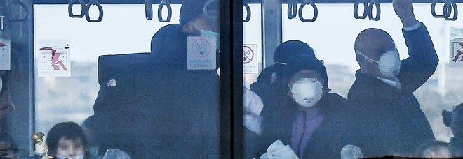 Coronavirus, choc sul bus a Torino: «Sei cinese, scendi subito da qui»