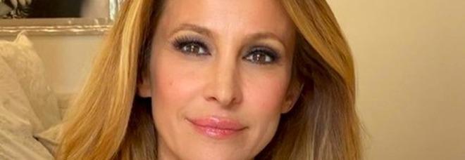 Adriana Volpe e la presunta crisi con il marito, l'ultimo sfogo dopo le accuse degli haters