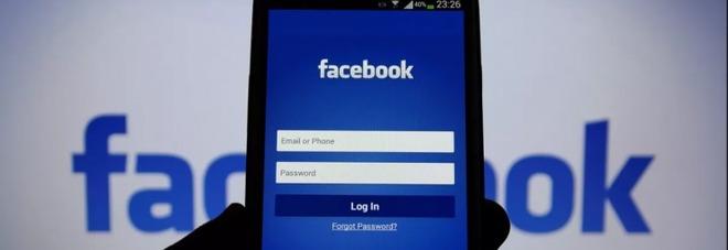 Facebook, paura privacy: un utente su quattro ha cancellato la app dal suo smartphone
