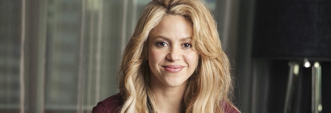 Shakira sta male, rinviate tutte le date del suo tour in Europa: stop fino al 2018
