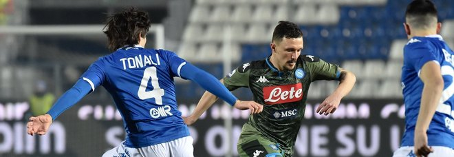 «Napoletani Coronavirus»: il coro dei tifosi del Brescia durante la partita con il Napoli