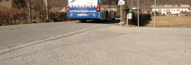 La fermata dell'autobus a Safforze di Belluno dove è morto Luigi Gasperin