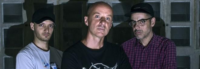 La band Assalti Frontali sul palco a Osimo tra rap e impegno politico